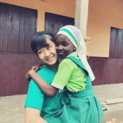 ガーナでチャイルドケア&地域奉仕活動 丸⼭莉⼦